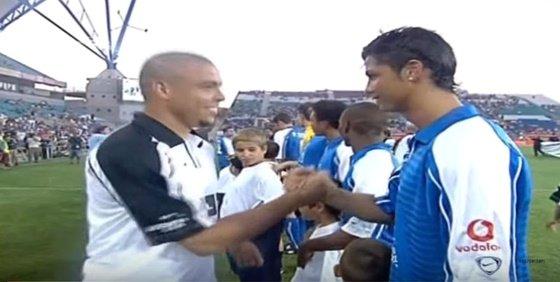 자선경기. 호나우두(왼쪽)와 크리스티아누 호날두. /사진=유튜브 캡처