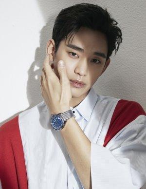 김수현, 시계 화보 공개…그윽한 눈빛 '시선강탈'
