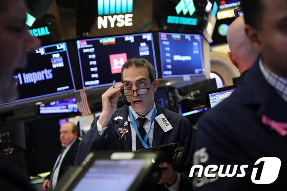 [속보] 뉴욕증시 상승 마감…S&P 2.3%↑
