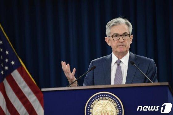 제롬 파월 연방준비제도(Fed·연준) 의장이 지난달 3일(현지시간) 워싱턴에서 연준이 기준금리를 0.5%포인트 전격 인하한 뒤 기자회견을 하고 있다. /사진=뉴스1