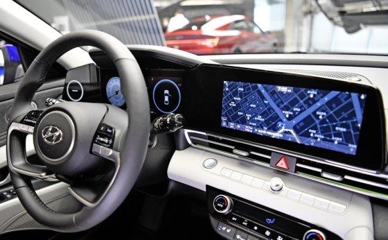 현대차 '올 뉴 아반떼' 내부. /사진=현대차