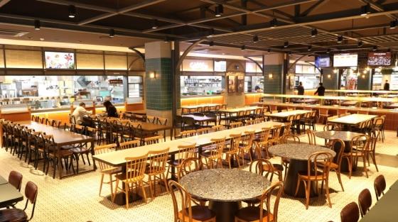 '휴게소도 뉴트로' 행담도휴게소 식당가 리뉴얼오픈