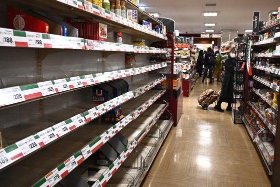 일본 도쿄의 한 식료품 가게 / 사진=AFP