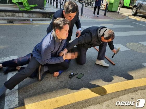 경찰, 오세훈 흉기로 위협한 50대에 구속영장 신청