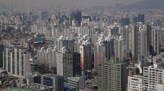 강남구 아파트 단지 모습. / 사진=김창현 기자 chmt@