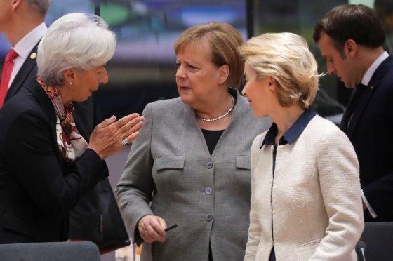 크리스틴 라가르드 ECB총재와 앙겔라 메르켈 독일 총리, 우르줄라 폰데어라이엔 EU집행위원장/사진=로이터