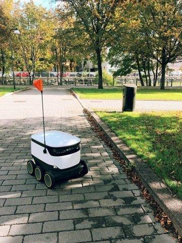 스타십테크놀로지의 자율주행 배달 로봇 /사진=스타십테크놀로지