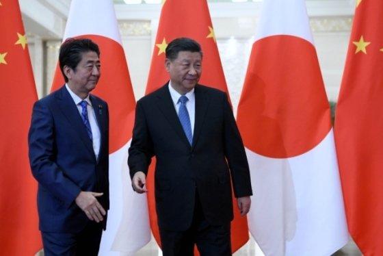 아베 신조 일본총리와 시진핑 중국 국가주석 /사진=로이터통신