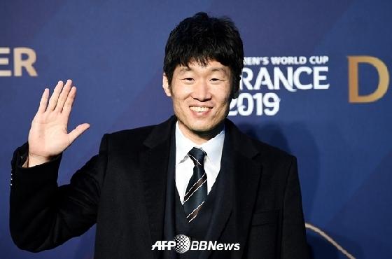 """박지성이 밝힌 두 스승 """"히딩크 소통왕, 퍼거슨 친절왕"""""""