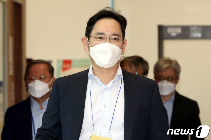 '이재용 승부수' 문턱 2개…1차 시민위원→2차 전문가 심의(종합2보)