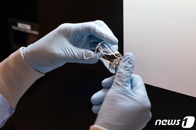 [사진] 식약처 코로나19 치료제 렘데시비르 특례수입 결정