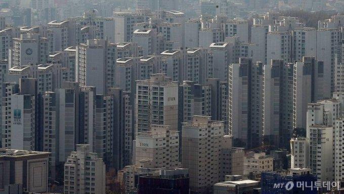 강남구 아파트 단지 모습/사진= 김창현 기자