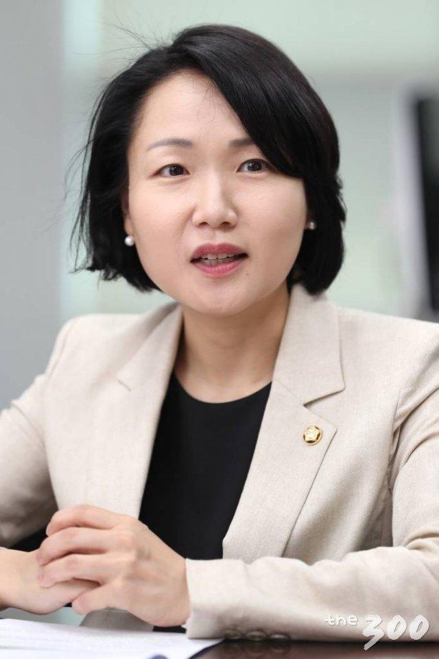 홍정민 더불어민주당 원내대변인 인터뷰