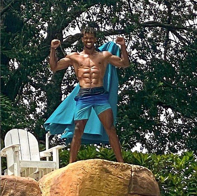근육질 몸매를 드러낸 루이스 나니. /사진=루이스 나니 인스타그램<br> <br>