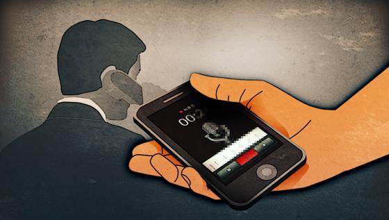 휴대폰 주워 한 달 만에 돌려준 남성…법원