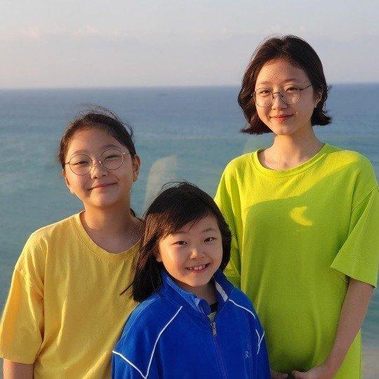 배우 정웅인의 세 딸들./사진=정웅인 아내 이지인씨 인스타그램 캡처