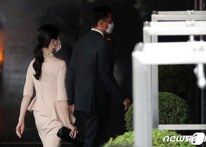 정대선 현대비에스엔씨 사장, 노현정 전 KBS 아나운서 부부 © News1 이동해 기자