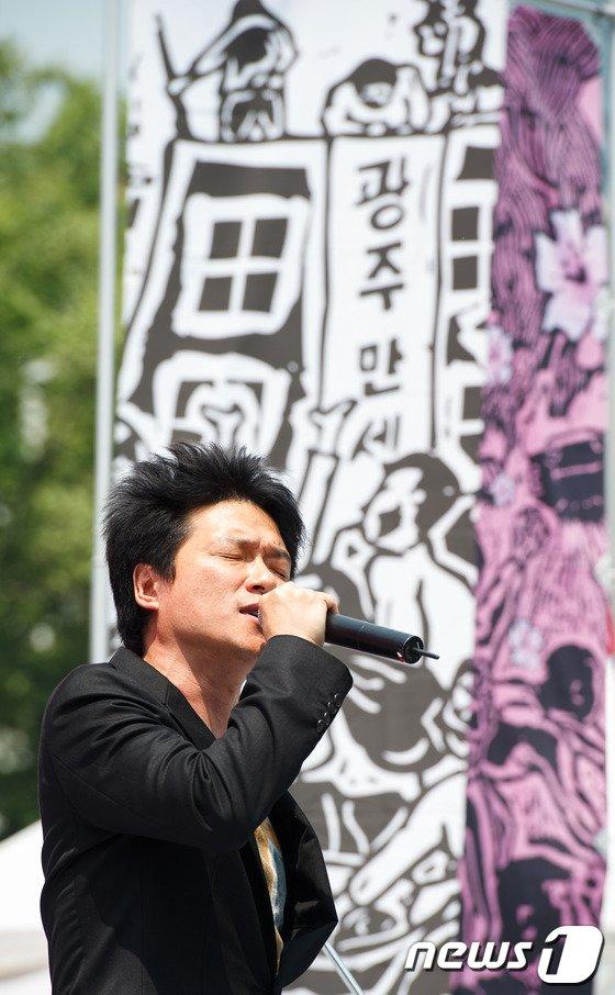 가수 안치환 / 뉴스1 © 뉴스1
