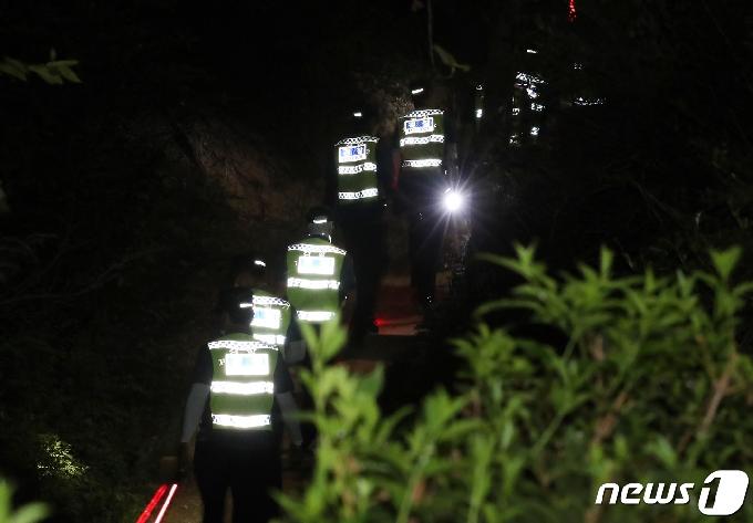 [사진] '경찰, 박원순 시장 찾기 총력전'