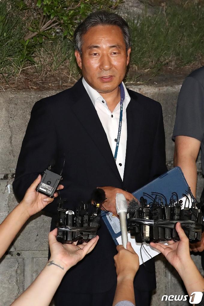 [사진] '박원순 시장 시신, 발견 장소서 감식 중'