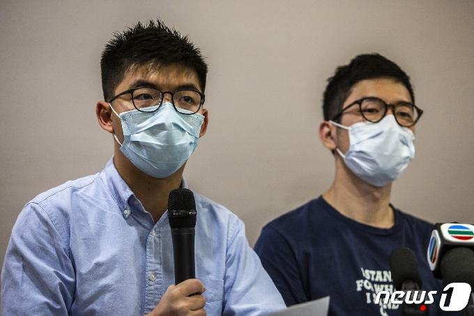 홍콩 반체제 인사 네이선 로 '홍콩 탈출-英 런던 도착'