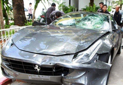 2012년 오라윳이 뺑소니 사고를 낸 페라리 차량/사진=AFP