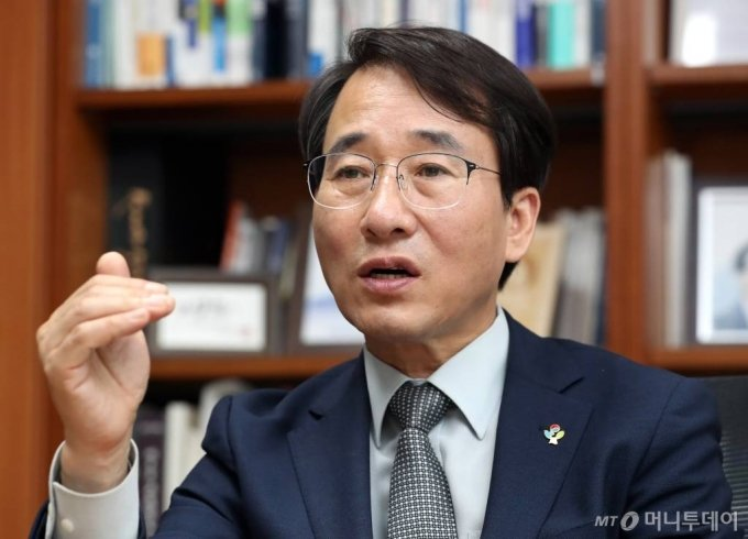 이원욱 더불어민주당 의원 인터뷰 / 사진=이기범 기자 leekb@