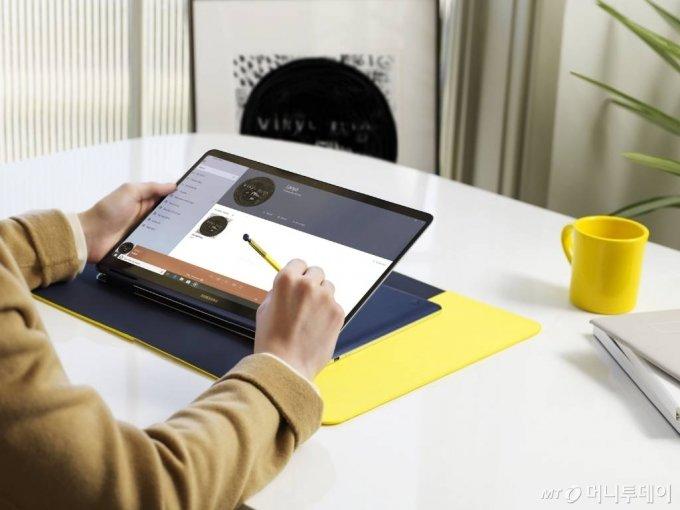 삼성 노트북 Pen S / 사진제공=삼성전자