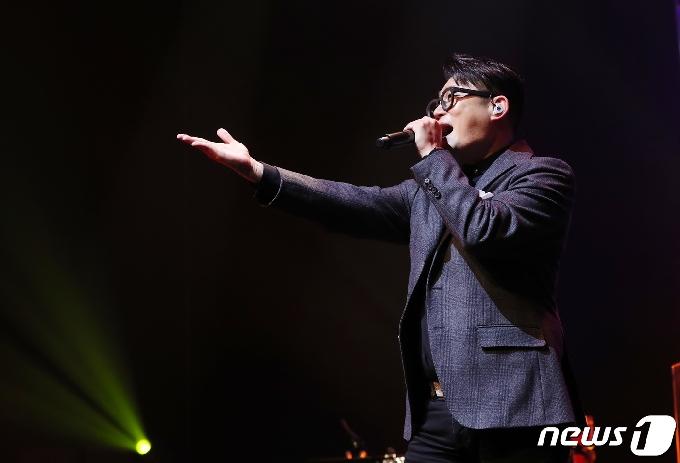 '달의 몰락' 김현철, 인천문예회관 커피콘서트서 관객 만난다