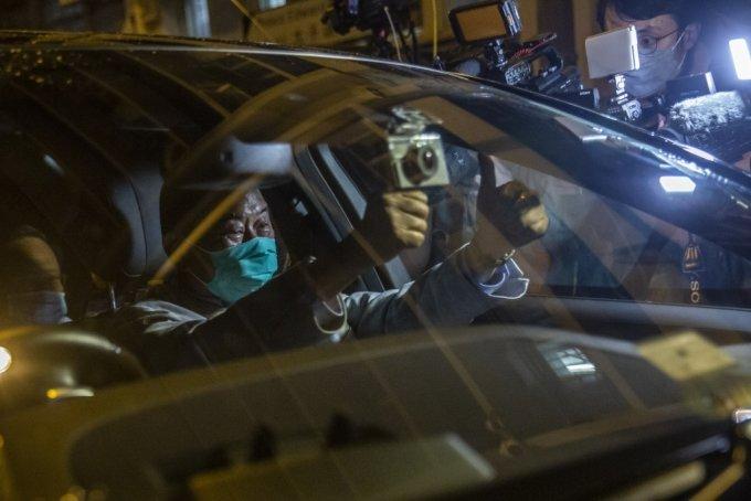 홍콩 국가보안법에 따라 체포된 지미 라이 빈과일보 사주가 보석으로 석방됐다./사진=AFP