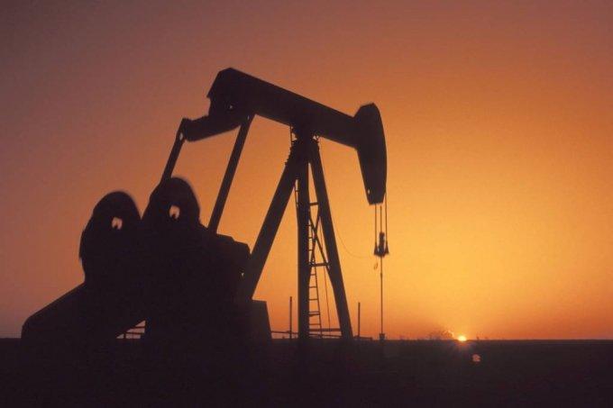 국제유가, 어두운 수요 전망에 1%↓…금값은 반등