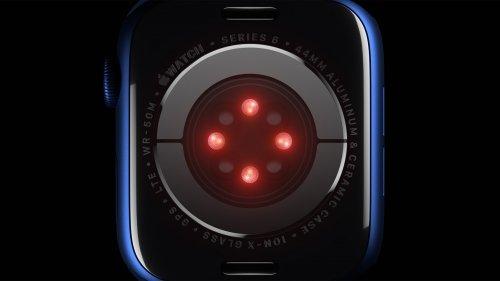 애플워치 시리즈6 후면에 탑재된 4의 LED 센서 /사진=애플