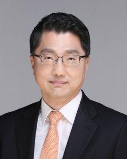 진웅섭 전 금감원장 / 사진제공=금감원