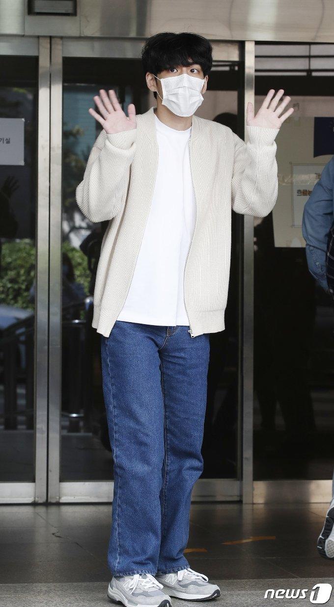 [사진] 데이식스 원필 '다정한 고막남친'