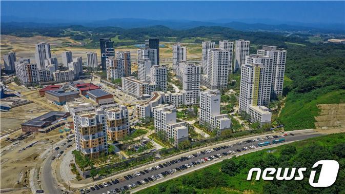 입주를 앞둔 세종시 해밀동(6-4생활권) 공동주택 전경.© 뉴스1