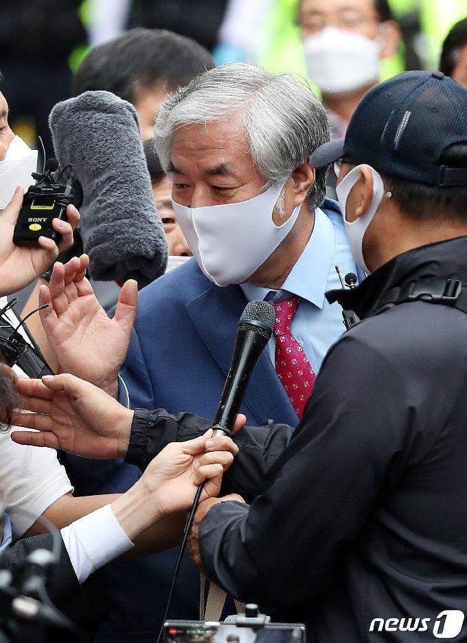 보석 취소로 재수감되는 전광훈 목사 © News1 박지혜 기자