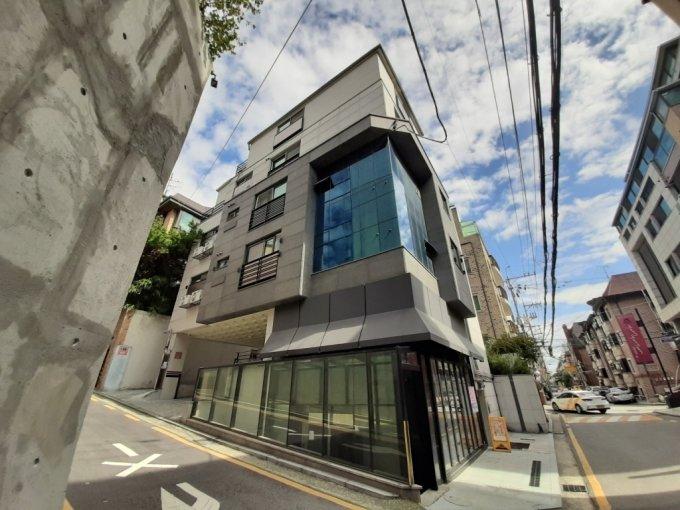 가수 겸 배우 수지가 매입한 서울 강남구 삼성동 빌딩. /사진=이소은 기자