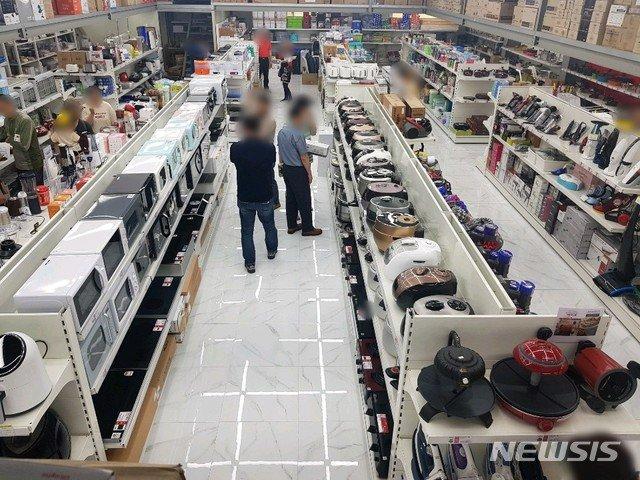 리퍼브 전문매장 운영사 올랜드아울렛 매장 전경. 가전과 가구를 취급하는 리퍼브 전문 매장으로, 전국에 18개 매장을 운영하고 있다.  /사진=뉴시스