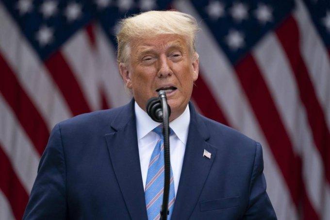 [워싱턴=AP/뉴시스]도널드 트럼프 미국 대통령이 28일(현지시간) 백악관 로즈가든에서 열린 기자회견에 참석해 연설하고 있다.