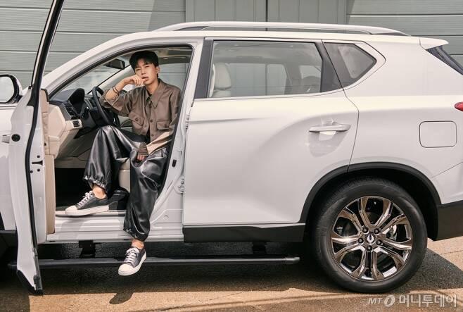 가수 임영웅이 광고모델로 나선 'G4 렉스턴 화이트 에디션'/사진제공=쌍용차