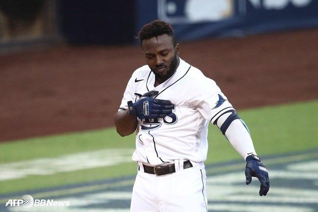 포스트시즌 7호 홈런으로 신인 최다 기록을 쓴 랜디 아로자레나. /AFPBBNews=뉴스1