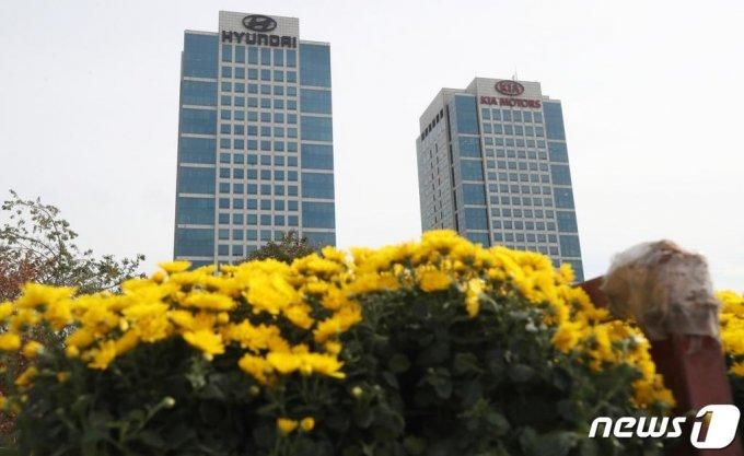 (서울=뉴스1) 송원영 기자 = 서초구 양재동 현대자동차 본사 모습.  2020.10.14/뉴스1