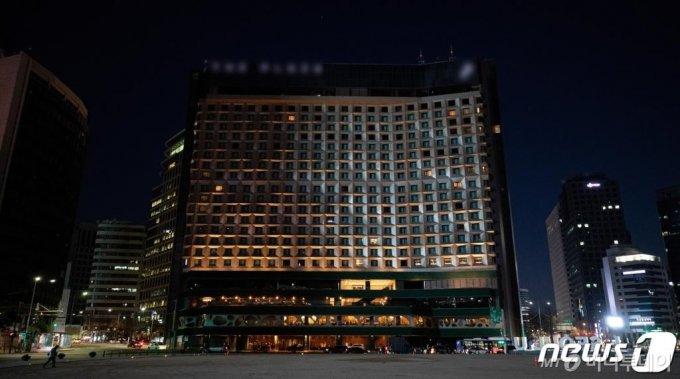 코로나19 직격탄을 맞은 대형 호텔의 공실률이 높은 것으로 나타나고 있다. /사진=뉴스1