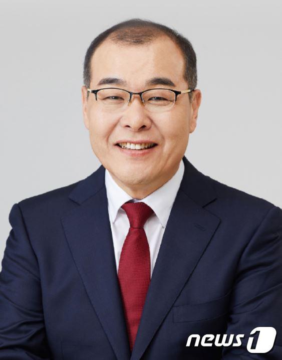 경북대 제19대 총장에 홍원화 교수 취임