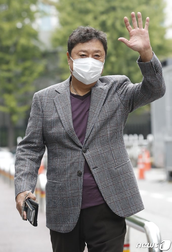 [사진] 남진 '트롯 전국체전' 전라도 감독