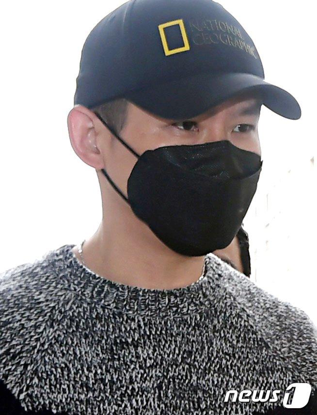 [사진] '불법도박장 개설 혐의' 김형인 '흔들리는 눈빛'