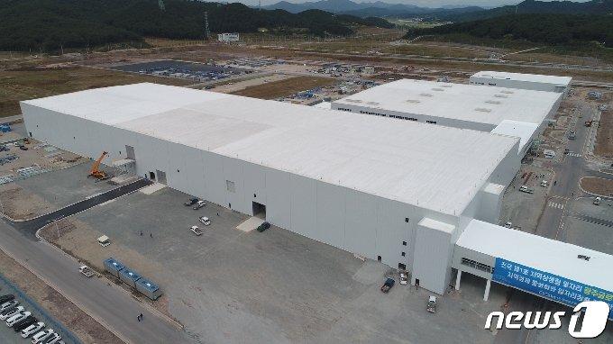 전국 제1호 지역상생형 일자리로 선정된 광주글로벌모터스 공장 건립 공사가 착착 진행 중인 가운데 도장공장이 9월28일 기준 72%의 진도율을 보이고 있다.(GGM 제공)2020.9.28 /뉴스1 © News1