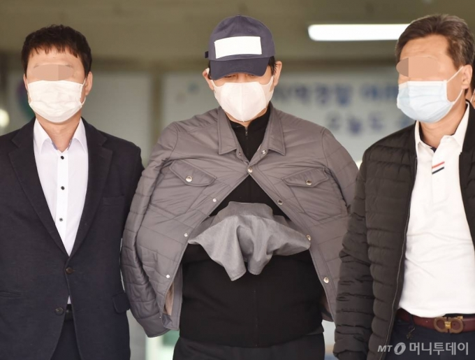 김봉현 영수증 공개하며 반박한 A변호사에