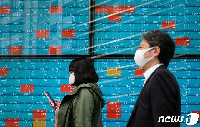 일본 하루 코로나 신규확진 776명…사망 8명 추가 발생