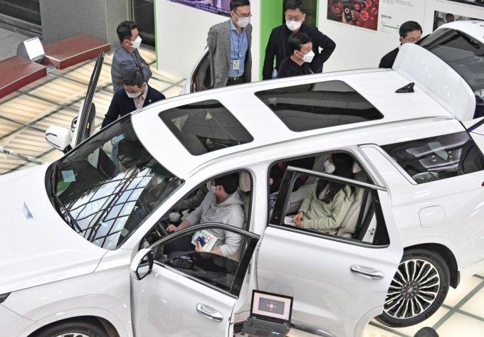 고객 원하는 혁신기술 적용한다…현대차그룹, '2020 오픈 이노베이션 라운지'개최